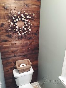 DIY Rustic Wreath and Wood Accent Wall
